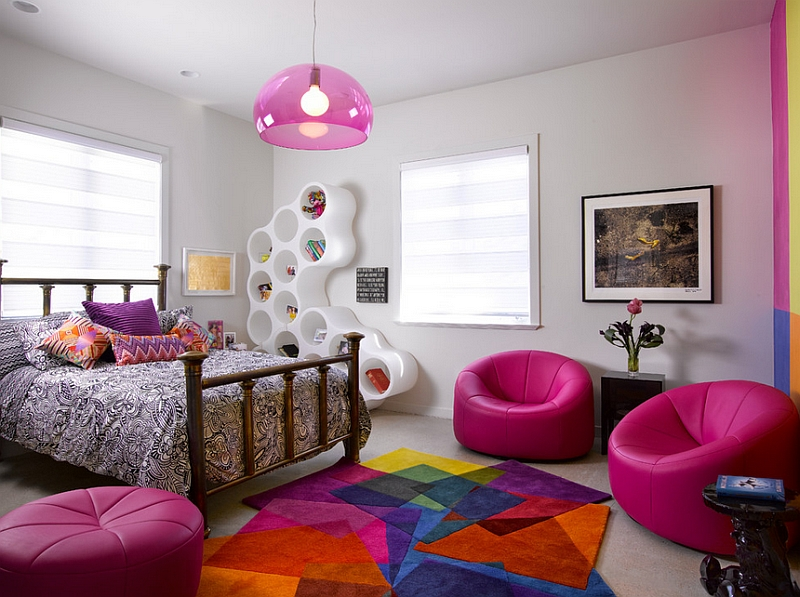 Teenage girls' bedroom with a daring dash of hot pink