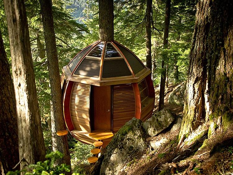 Tranquil treehouse retreat HemLoft by Joel Allen
