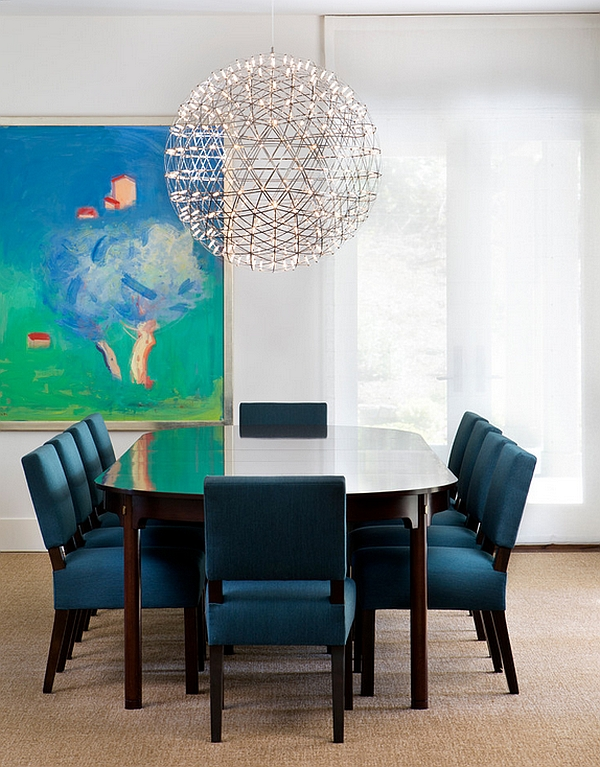 Transitional dining room with lovley lighting