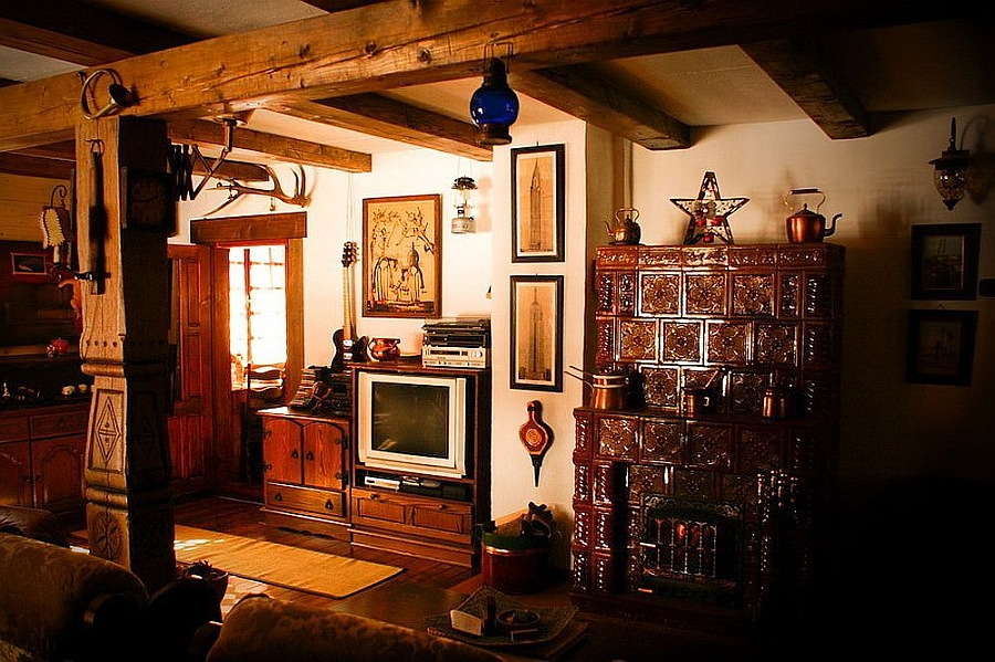 This Rustic Mountain House Will Make You Wanna Move To Romania