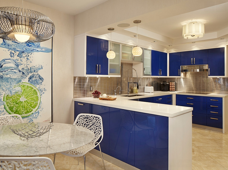 A bold shade of blue for the kitchen