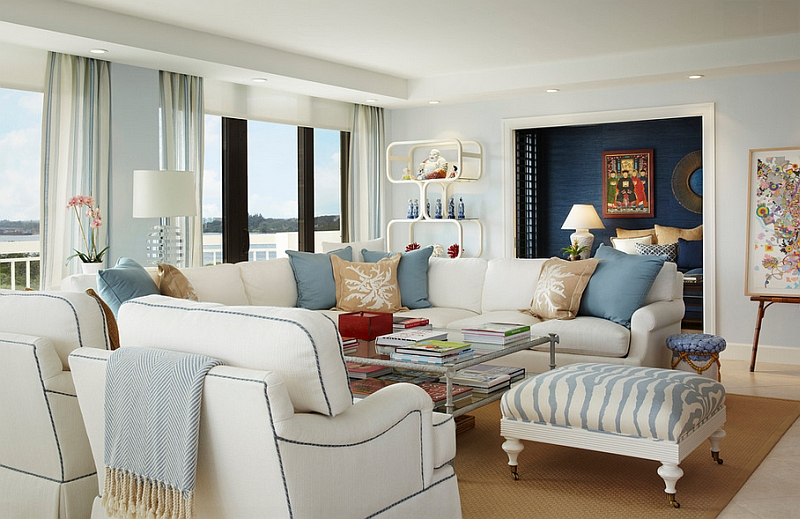 Apartment with ocean views employs a breezy, beach-inspired color scheme