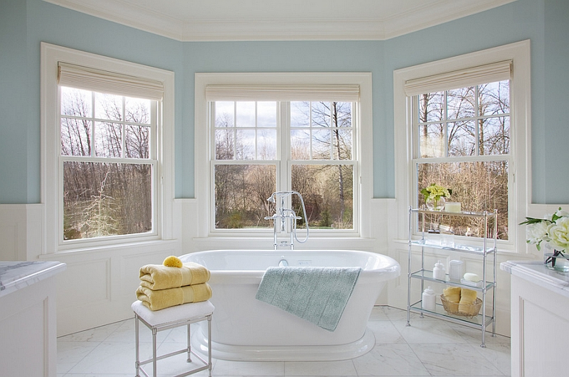 Bathroom in blue and white with switchable yellow accents