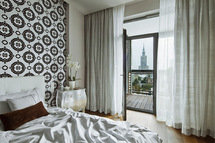 Beautiful bedroom with lovely views of the Warsaw city skyline