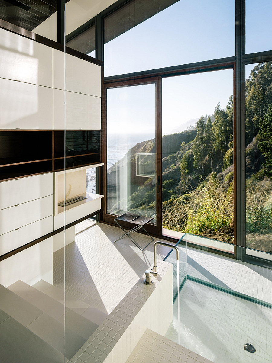 Contemporary bath in white with large glass windows