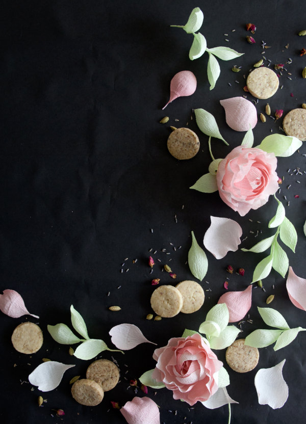 Cookie gram gift idea 10 Thoughtful DIY Gifts For Mothers Day