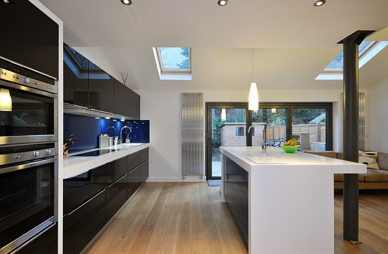 Cool contemporary kitchen in London is a showstopper!