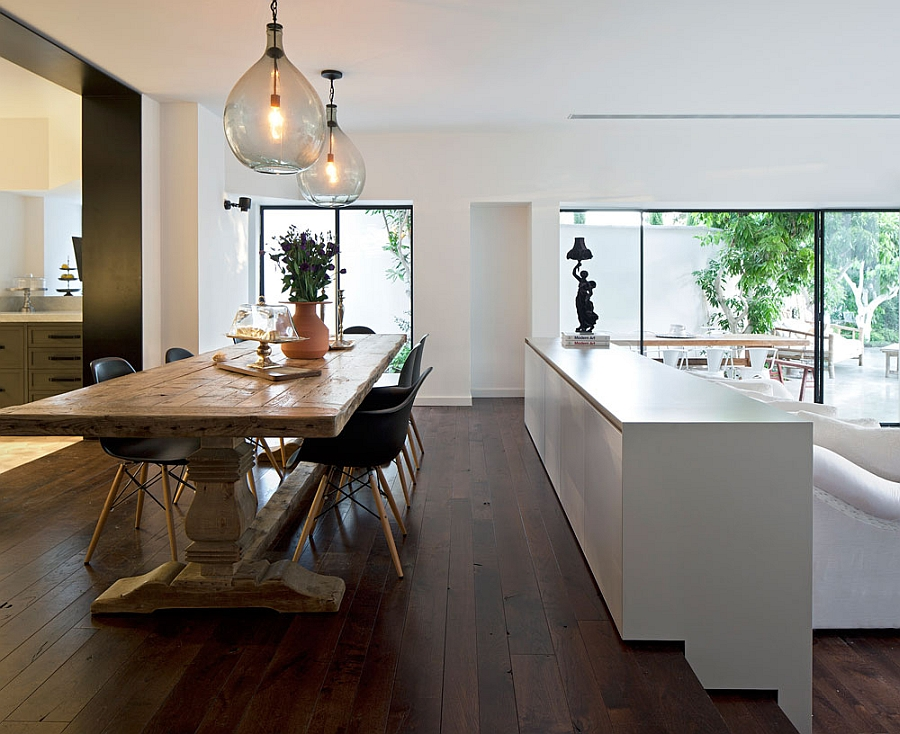 Dining and living room combine the classic and the modern