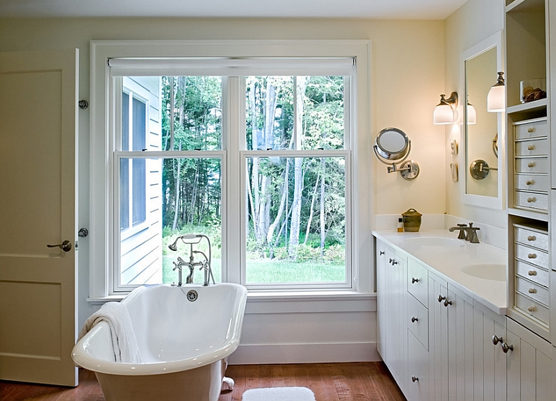 Farmhouse style bathroom with a clawfoot bathtub