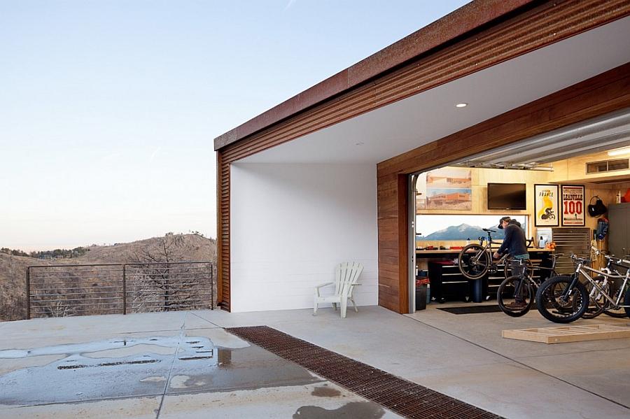 Garage for the mountain biking enthusiast