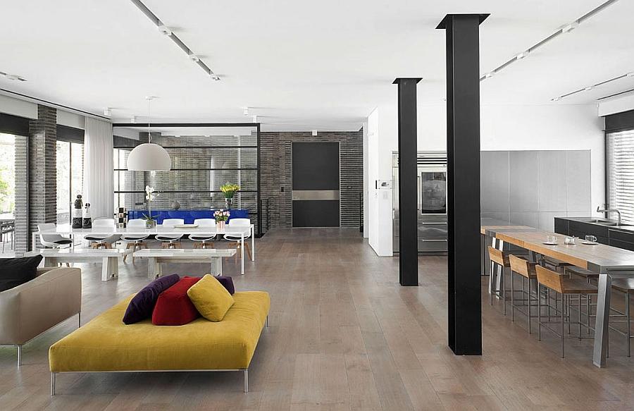 Living area of the Ramat Hasharon House