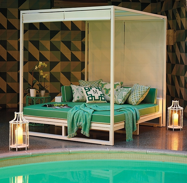 Lovely Breeze outdoor daybed