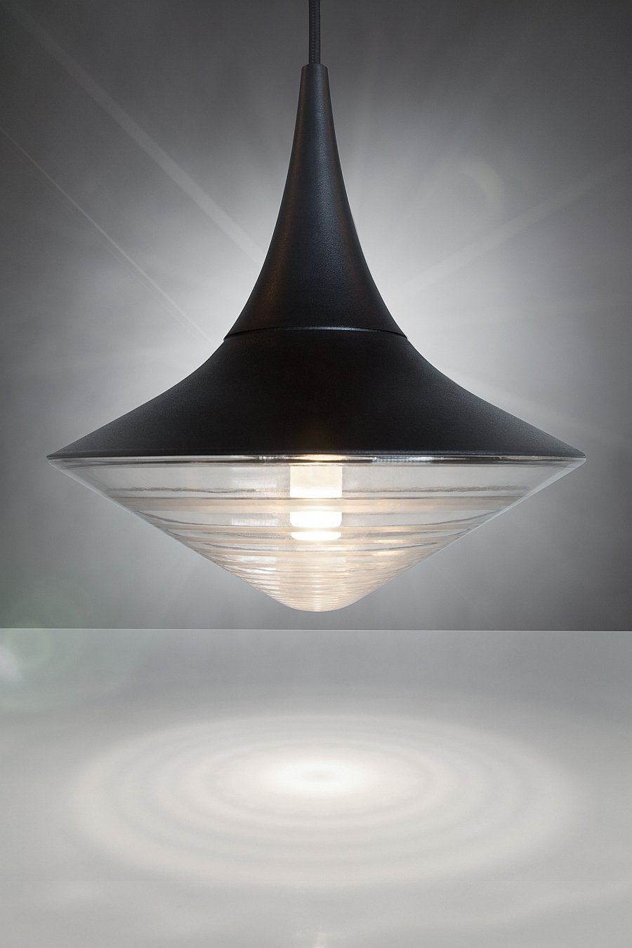 Lovely modern pendant light from Tom Dixon