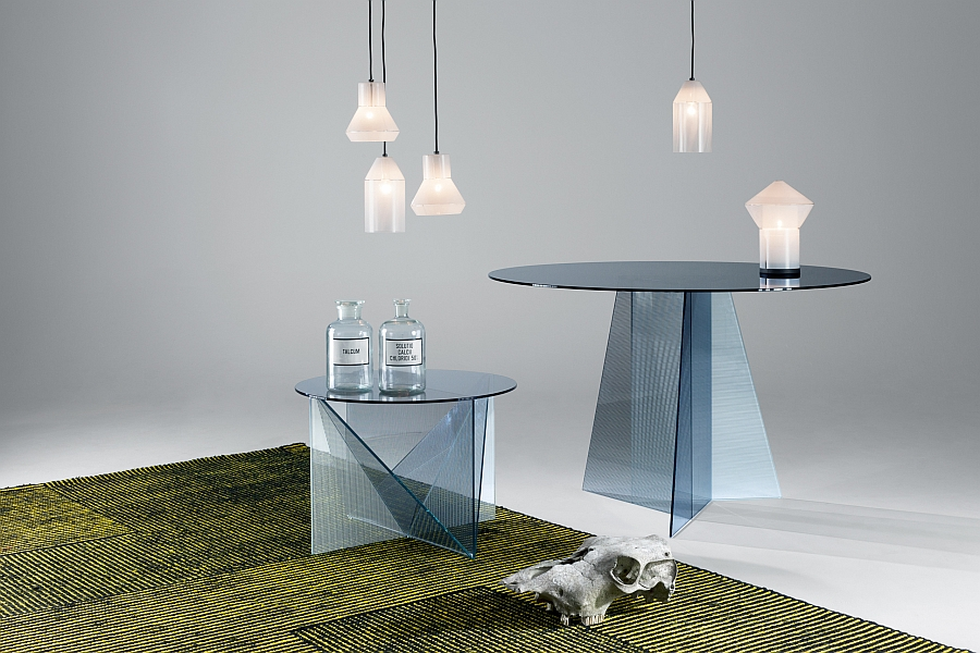 Lovely recangular table with unique design