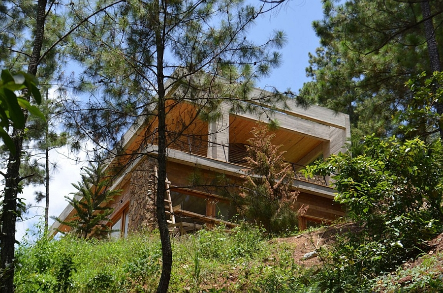 Natural canopy surrounds the secluded house in Dominican Republic