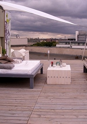 Outdoor Bed Ideas and Inspirations