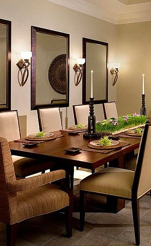 Sconce Lighting in the Dining Room