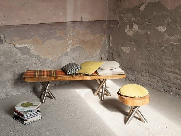 Simple and uncomplicatde form of the tree trunk furniture
