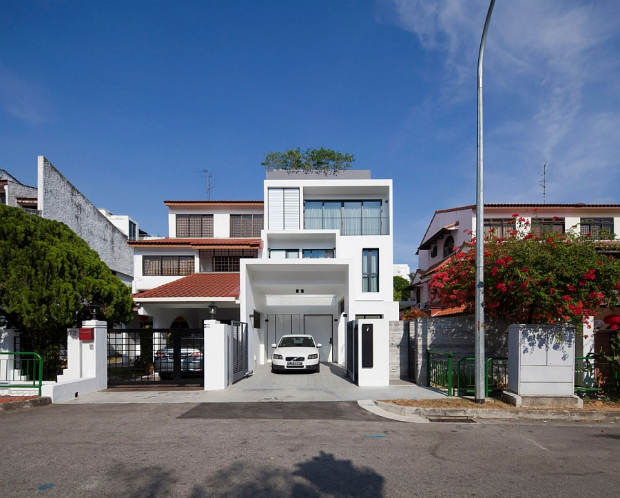 Street facade of the Goodlink private residence in Singapore