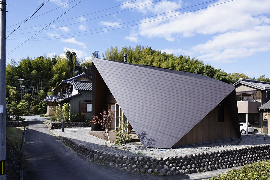 Stunning silhouette of the Origami House in Japan