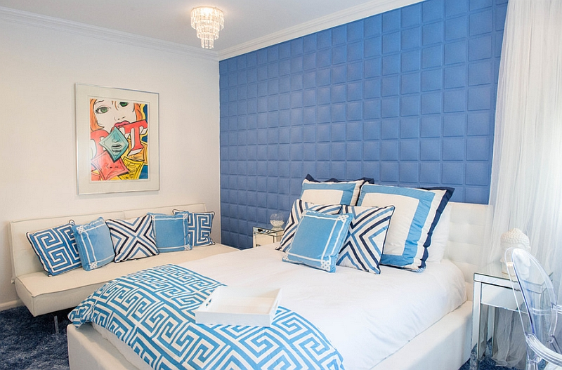 Teen girls' bedroom with a grown-up design in blue and white