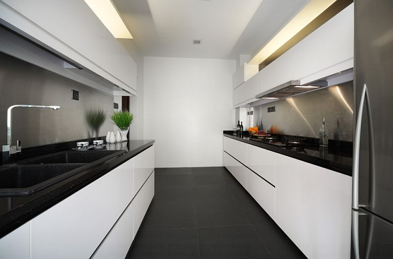 Ultra-minimal kitchen in black and white