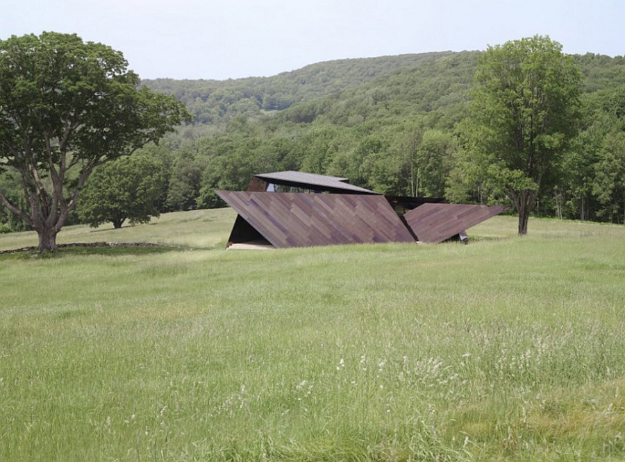View of the sculptural house from a distance