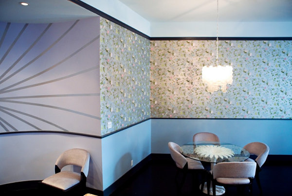 Wallpaper in a chic dining room