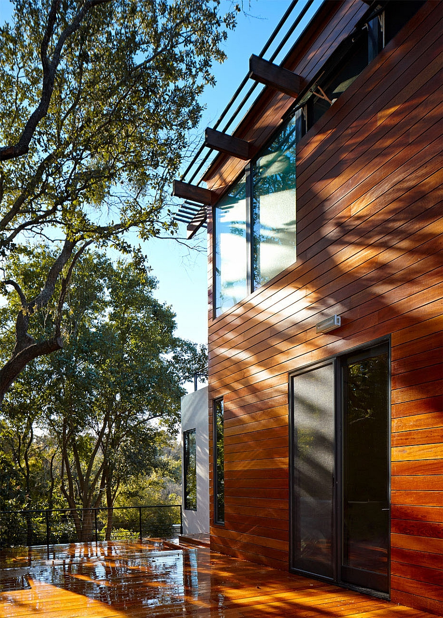 Wooden extreior offers the home with perfect insulation