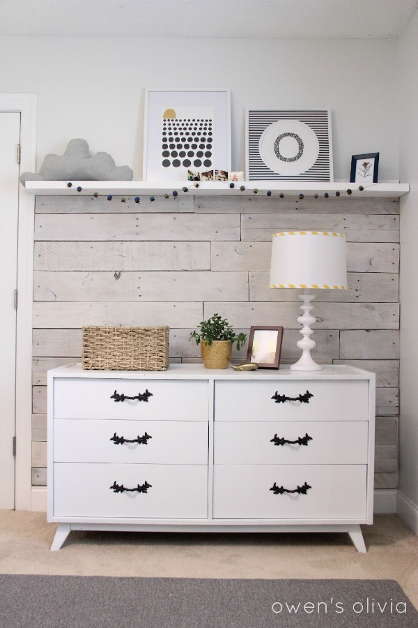 nursery floating shelf