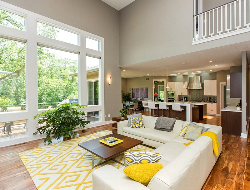 Addition of yellow accent pillows allows you to switch between color schemes with ease