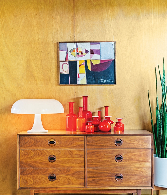 Beautiful wooden dresser with the Nesso Lamp