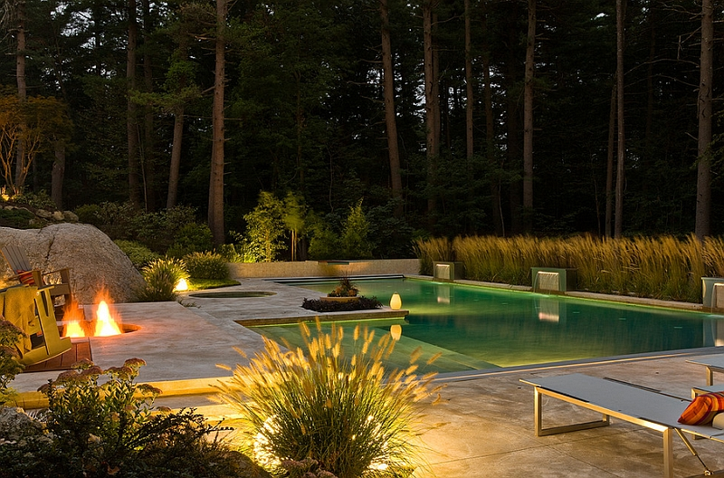 Casually placed outdoor LED lights can take your summer pool parties to a whole new level!