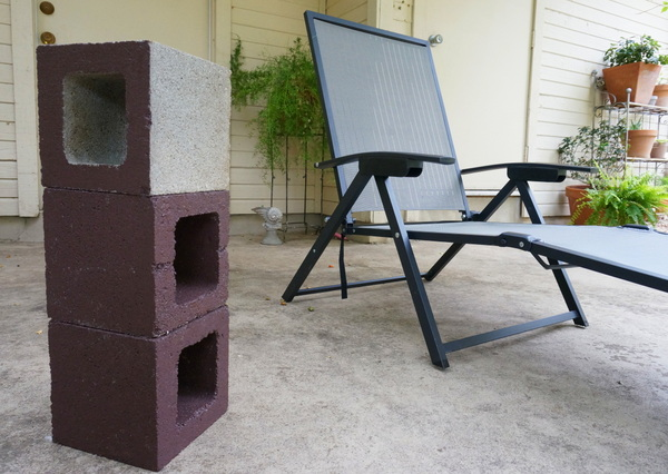 Cinder block possibilities for an outdoor lounge table