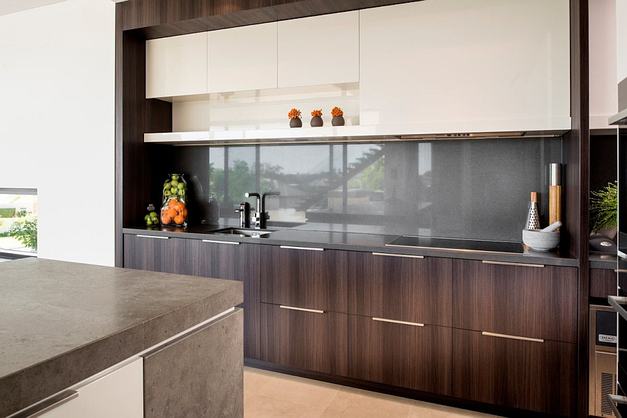 Lavish family residence in perth blends aesthetics with for Lavish kitchen designs