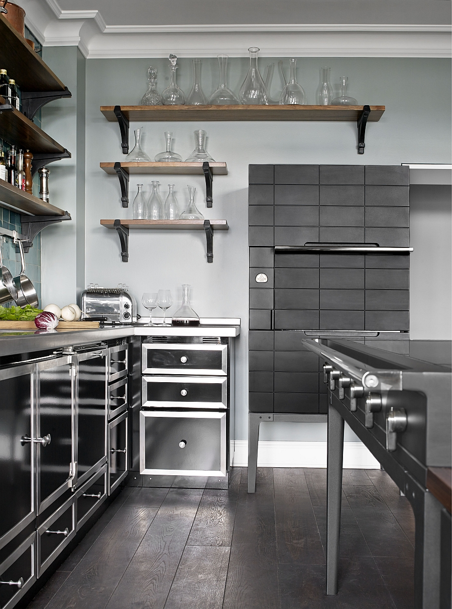 Combine your kitchen design with the La Cornue W.