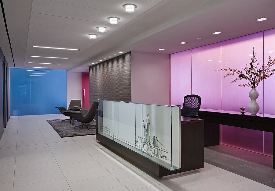Create captivating interiors with colorful glass additions Colorful And Versatile Glass Partitions Enliven Interiors With A Playful Charm