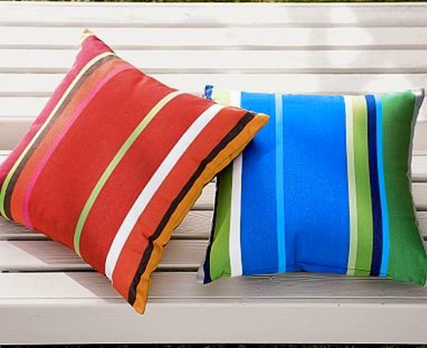DIY outdoor pillow project