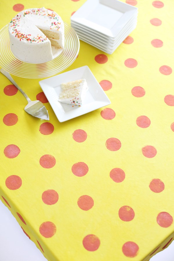 DIY polka dot tablecloth