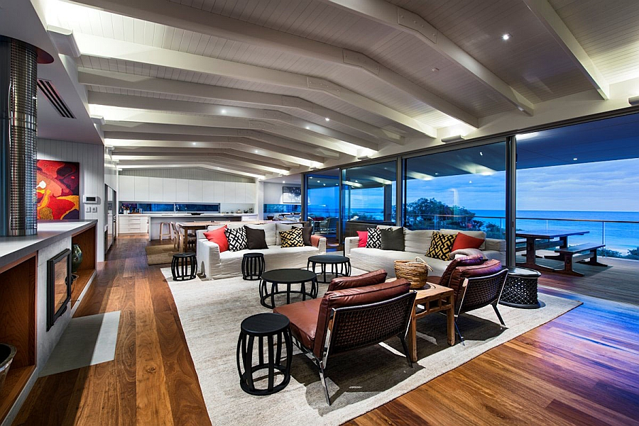 Expansive living area with unabated views of the Indian Ocean