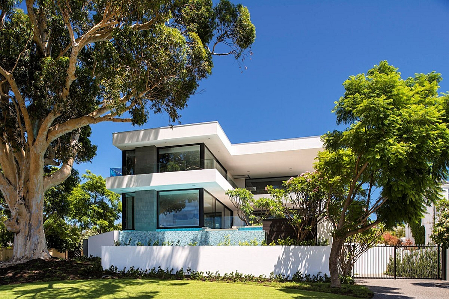 Front facade of the amazing Perth family residence