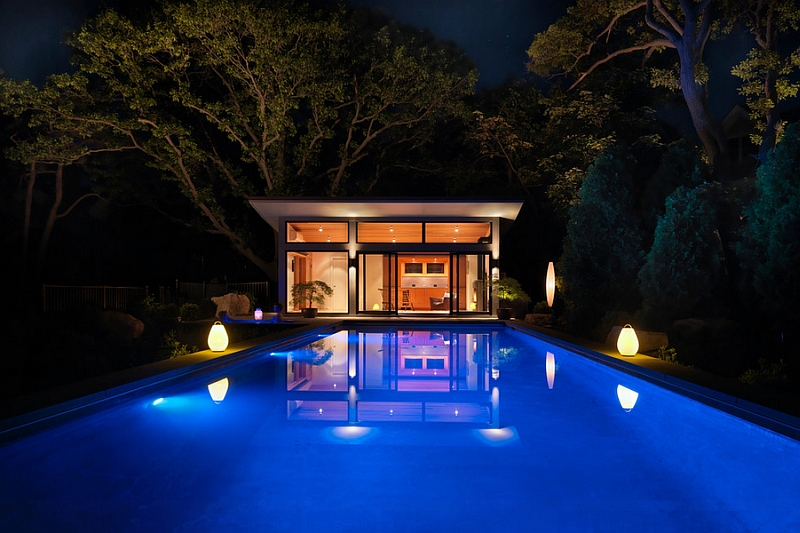 Gorgeous LED Lamps illuminate the outdoor pool space in a brilliant fashion