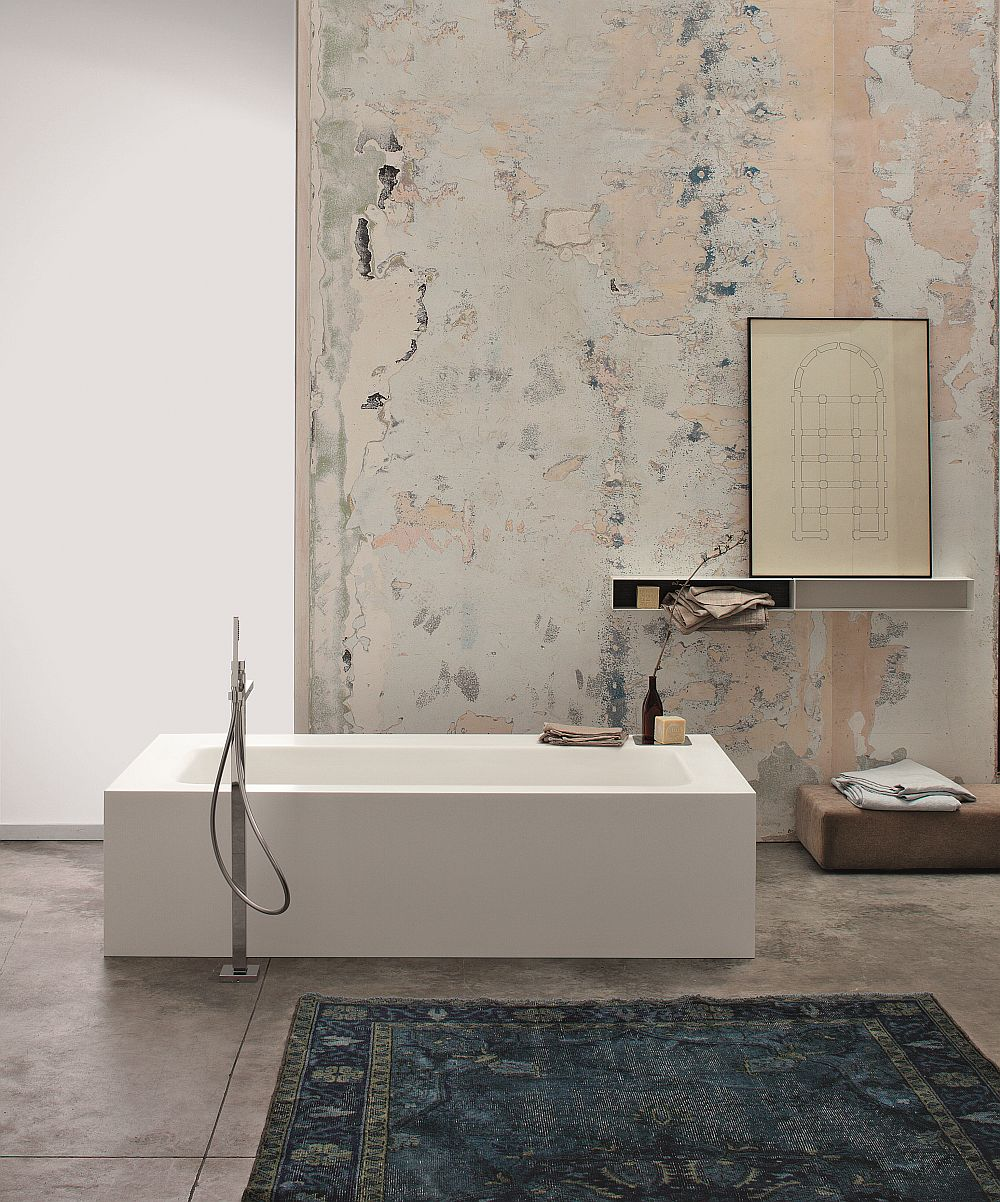 Kelly custom made bathtub is both elegant and contemporary