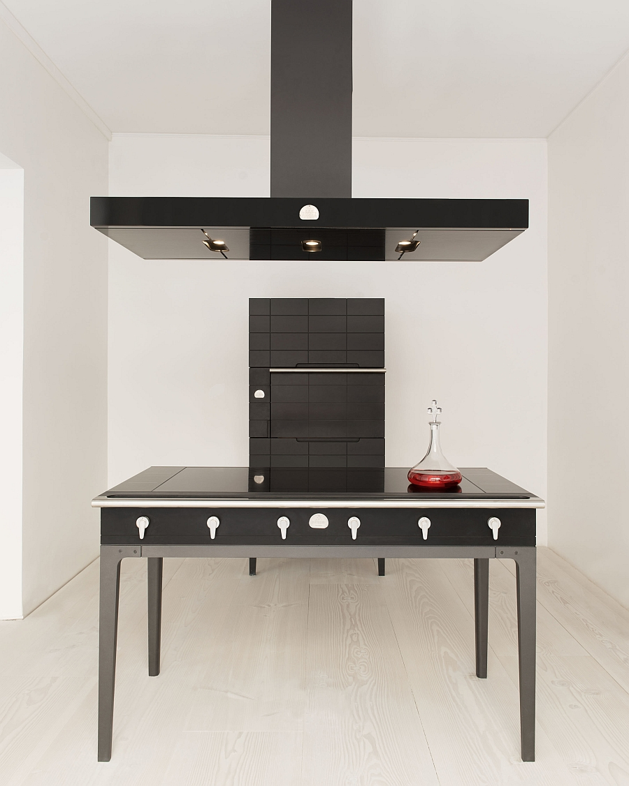 Latest induction stove that can be combined with dining, prepping spaces in the kitchen