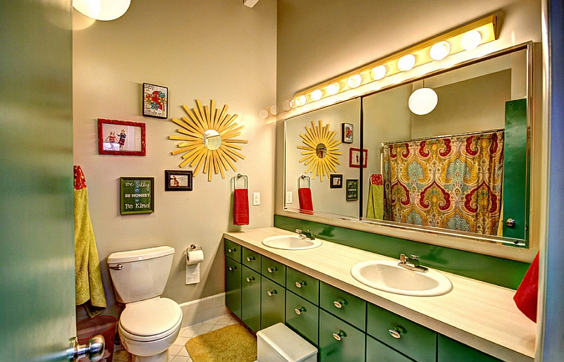 Midcentury style kids' bath in yellow and green