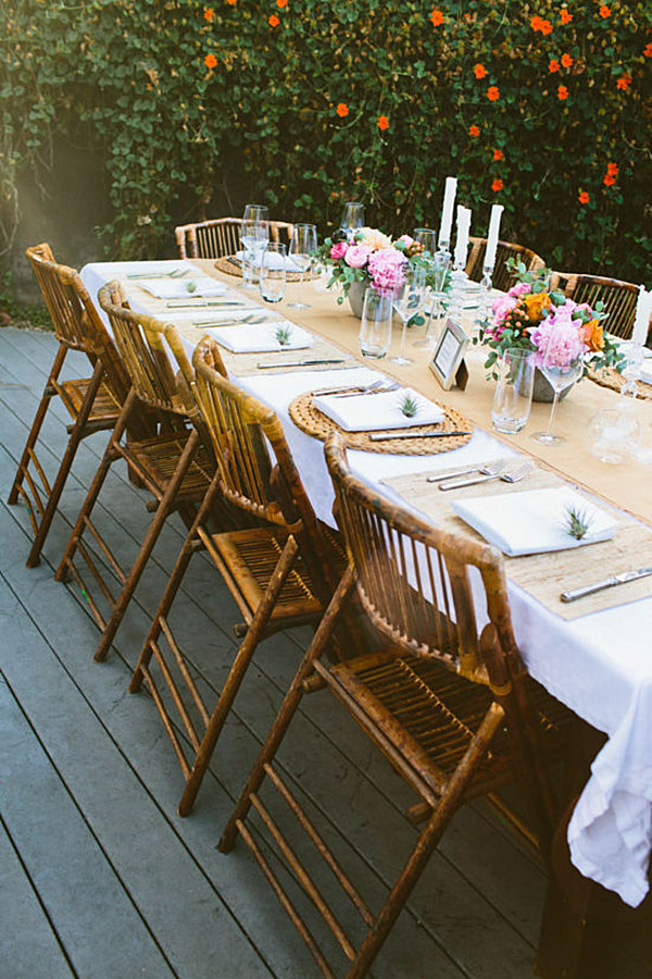 Simple and fresh party table 10 Creative Party Table Ideas