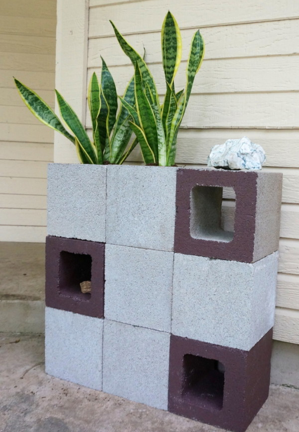 The DIY planter is done!
