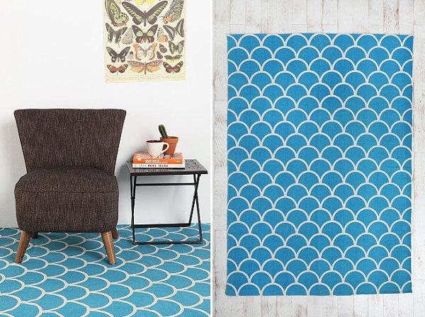 Vivid scalloped rug