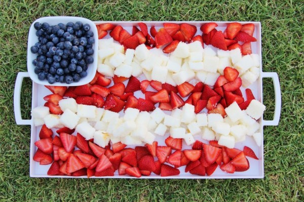 4th of July berry and cake dessert