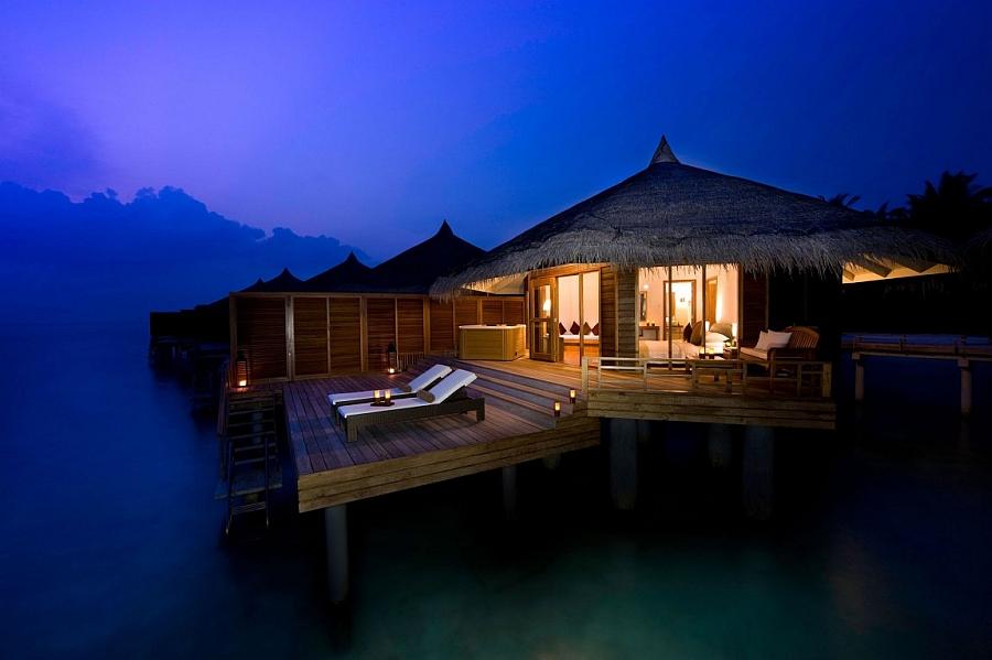 A Magical evening at the stunning Kuramathi Resort, Maldives